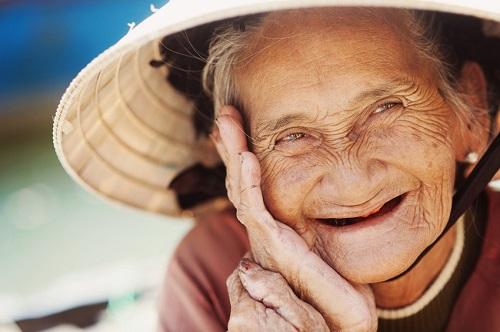 Zahnarzt 1140 Elmauthaler altte Frau